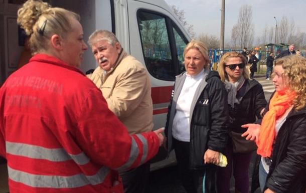 У Києві біля будмайданчика побили активістів