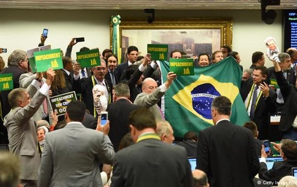 Парламентський комітет рекомендував імпічмент президенту Бразилії