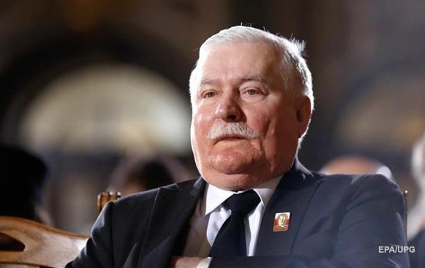 Валенса готовий  вийти на барикади  проти влади Польщі