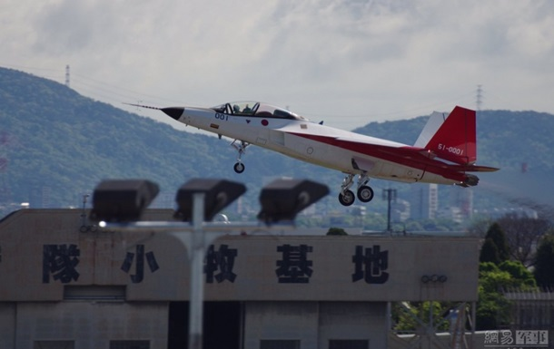 Японія випробувала літак-невидимку