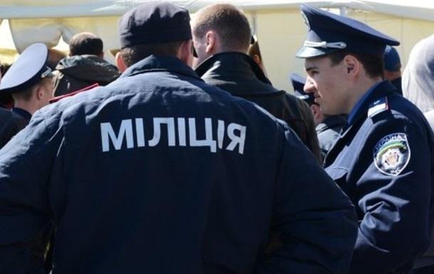 МВД: Уволенным милиционерам возвращают должности
