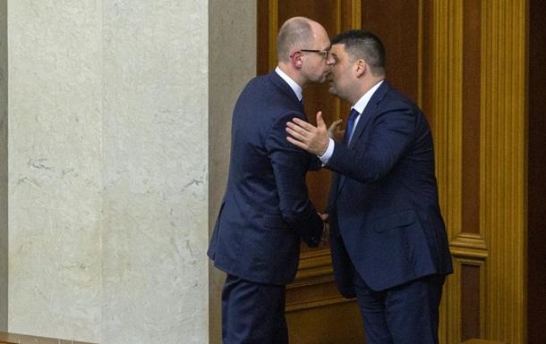 Гройсман: Яценюк не оставит политику