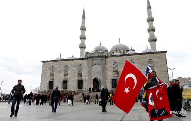 В Турции за критику Эрдогана задержали журналистку из Нидерландов