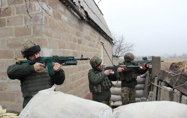 Доба в АТО: обстріли на всій лінії фронту