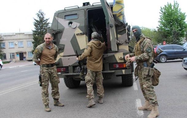 300 бойцов полка Азов прибыли в Одессу - СМИ