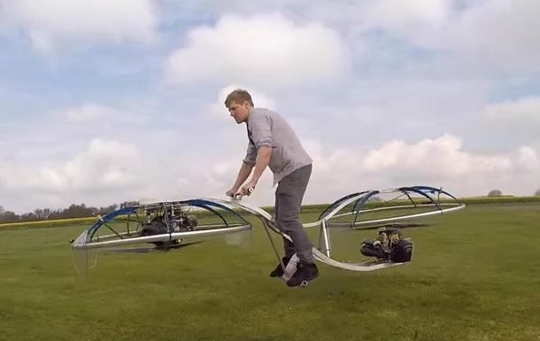 Британец сконструировал летающий байк