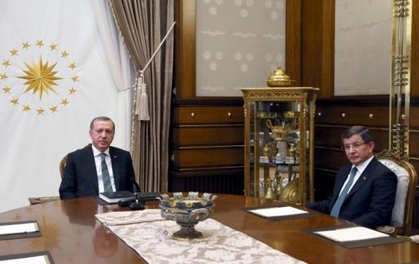 Прем єр Туреччини скоро залишить посаду - Reuters