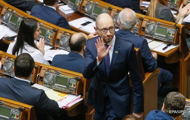 Яценюк не піде на довибори в Раду