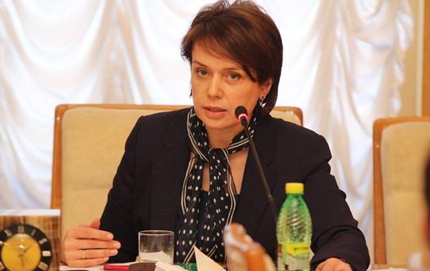 Министр образования запретила дарить ей подарки