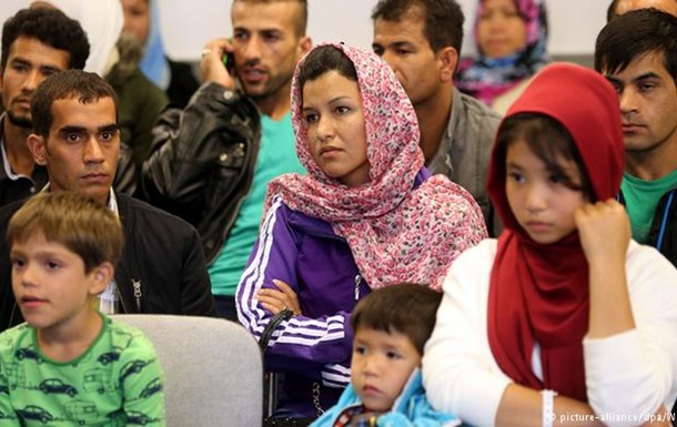 Німеччина витратить майже 94 мільярди євро на біженців до 2020 року