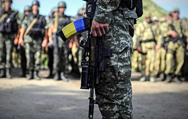 «Мощь» украинской армии шита белыми нитками