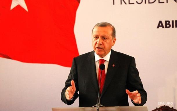 Ердоган: Захід більше стурбований геями, ніж біженцями
