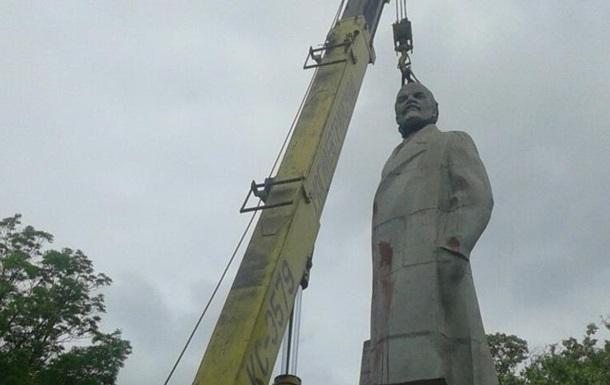 В Одесі знесли останній пам ятник Леніну