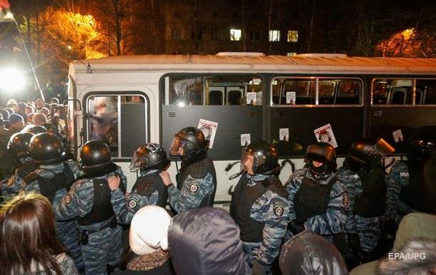 В расстрелах Майдана подозревают 23  беркутовцев