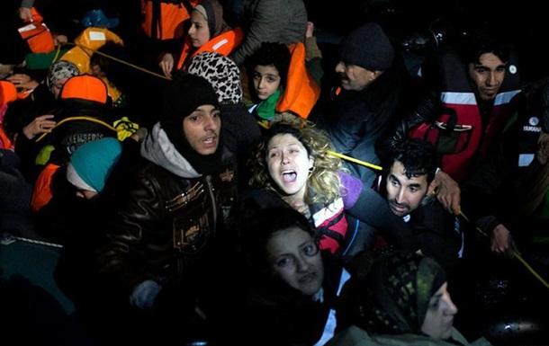 Інтерпол: Контрабандисти заробили на перевезенні біженців до 6 мільярдів доларів США