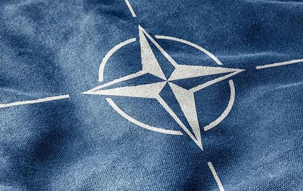 Литва і Румунія вимагають від НАТО посилення присутності