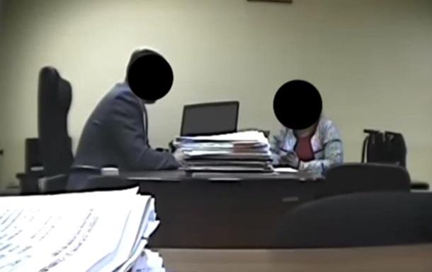 Ректора спіймали на хабарі заступнику міністра