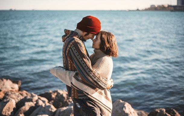 Вчені назвали умови щастя у стосунках
