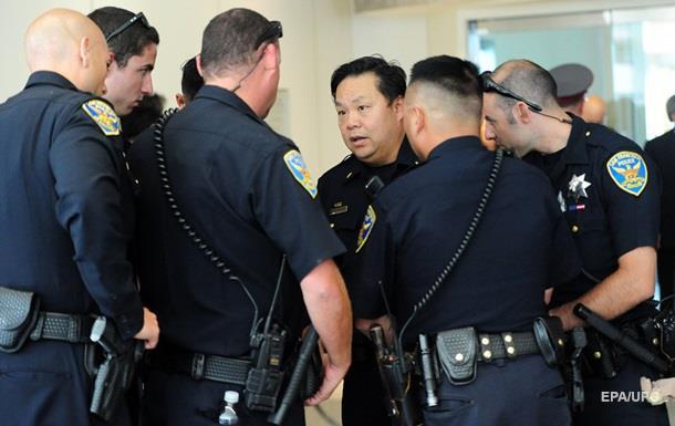Шеф полиции Сан-Франциско ушел с поста на фоне расистского скандала