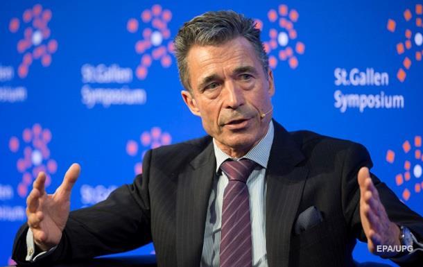 Екс-генсек НАТО став радником Порошенка