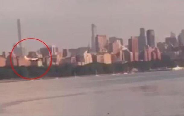 В Гудзон упал легкомоторный самолет