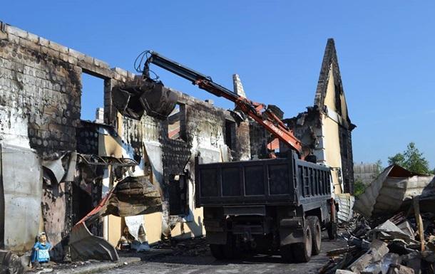 Пожежа під Києвом: стали відомі умови проживання пенсіонерів