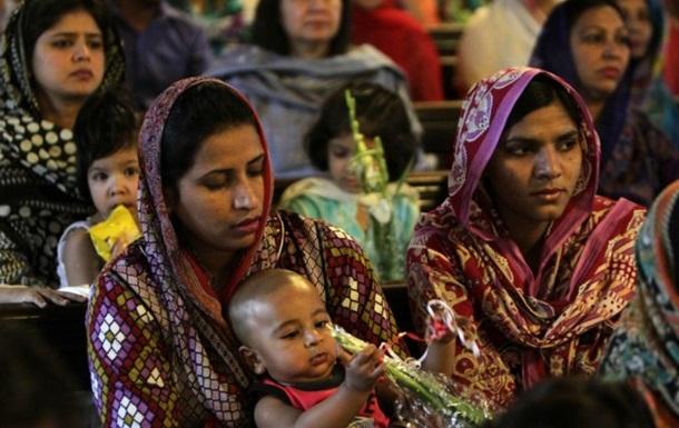 В Пакистане хотят разрешить мужьям бить жен