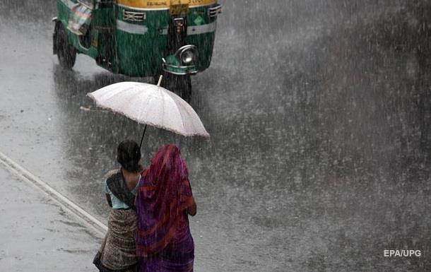 Жертвами шторма в Индии стали 12 человек