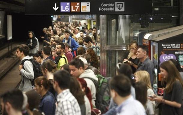 Работники метро Барселоны начали четырехдневную забастовку