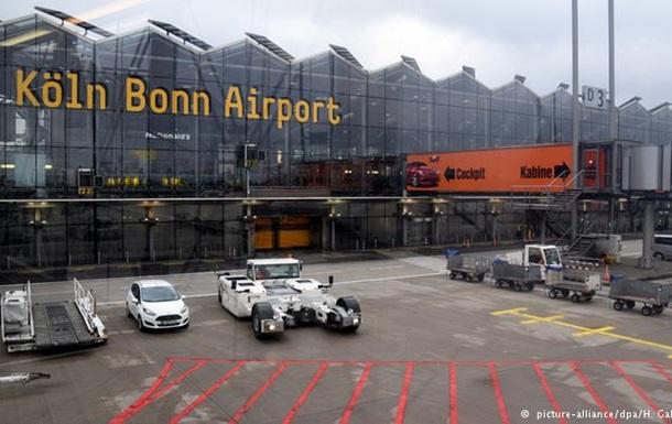 Інцидент в аеропорту Кельна: поліція зупинила виліт рейсів
