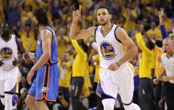 Рекорди НБА. Каррі і Томпсон побили рекорд за трехами за серію