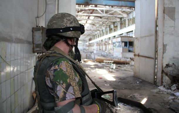 На Донбассе активизировались ночные обстрелы