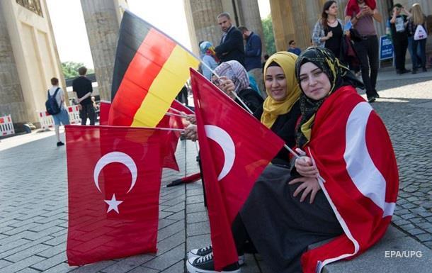 Туреччина не має наміру псувати відносини з Німеччиною