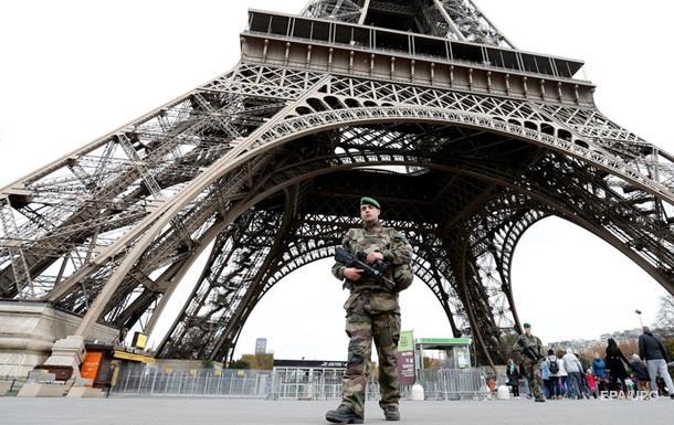 Париж привлечет военнослужащих для охраны Евро-2016