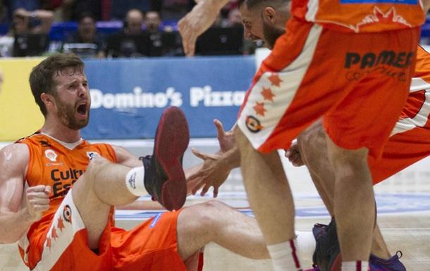 Страшный перелом руки в матче чемпионата Испании