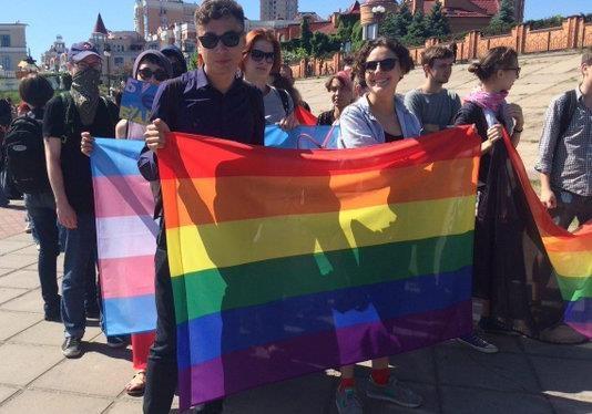 Власти заинтересованы в «кровавой каше» на гей-параде 12 июня