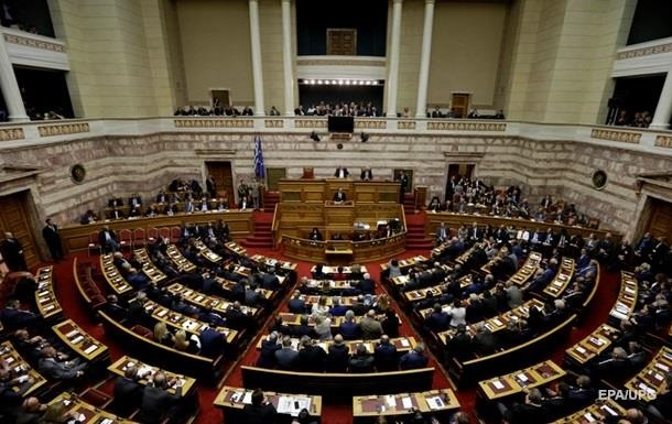 Сенат Франции 4 часа обсуждал резолюцию