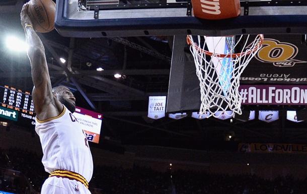 Найкращі моменти третьої гри фіналу НБА