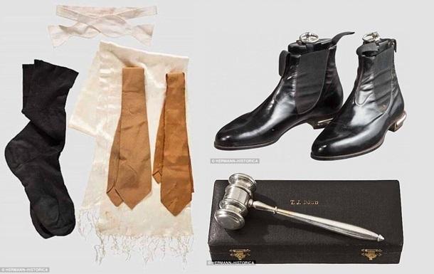Шкарпетки Гітлера і кальсони Герінга виставлять на аукціон