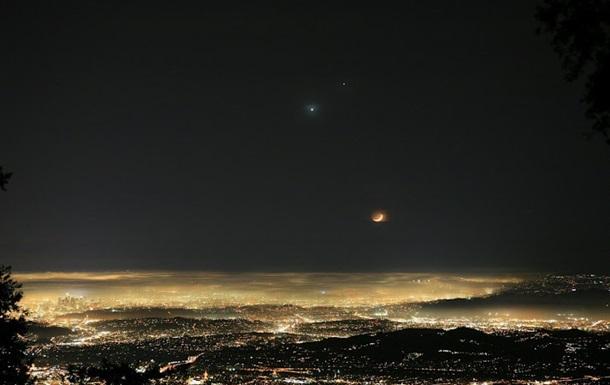 Большая часть населения страдает от светового загрязнения