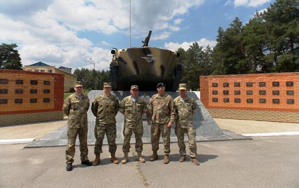 Военные США посетили украинскую бригаду ВДВ