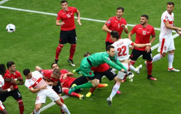 Швейцарія у більшості здобуває перемогу над Албанією