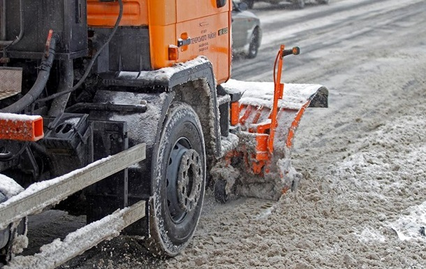 Киев получит 15 снегоуборочных машин от Германии