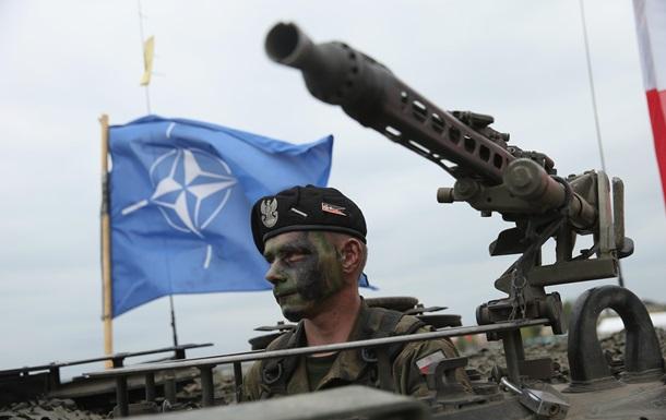 НАТО разместит четыре батальона в Балтии и Польше