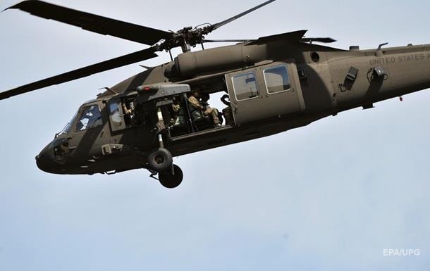 В США военный вертолет упал в реку