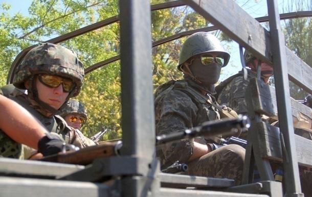 Доба в АТО: обстріли з кулеметів і мінометів