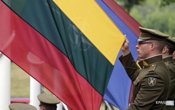 Литва узаконила всеобщий призыв из-за Украины