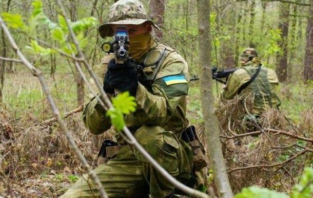 В результате обстрела боевиками КПП  Марьинка  пострадали мирные жители