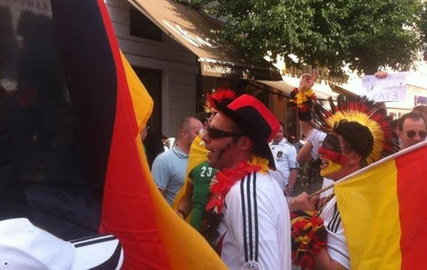 Немецкие фанаты бразильским журналистам: Валите отсюда, ниггеры!
