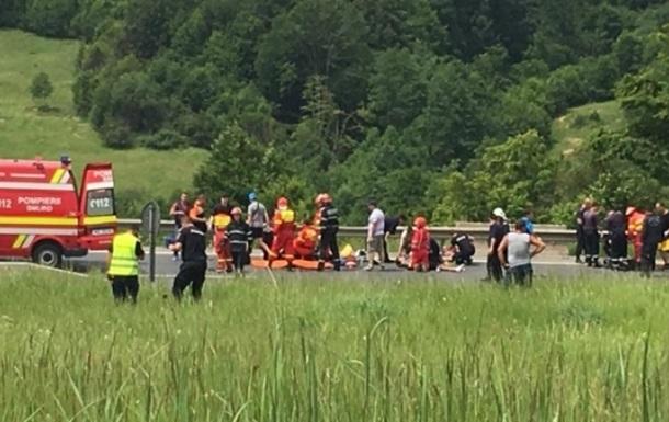 В Румынии перевернулся автобус с детьми: есть жертвы